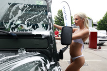 TOYO FEST in Bikini car wash