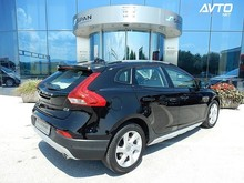 V40 Cross Country D3 XENIUM Geartronic +TOP OPREMA